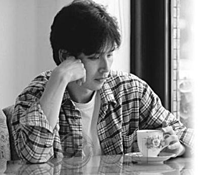 [맛칼럼] 김종원 작가의 일상의 고독